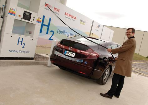 The new Hond refuelling station can fill up a hydrogen-powered car in less than five minutes