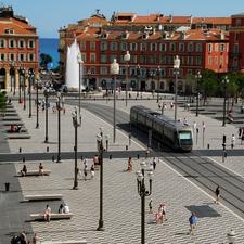 To avoid cluttering Place Masséna in Nice with overhead catenary, LRVs operate under battery power through this square.