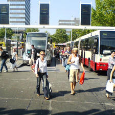 Passengers and bus drivers are trusted to manage the risk of crossing carriageways at Eindhoven bus station