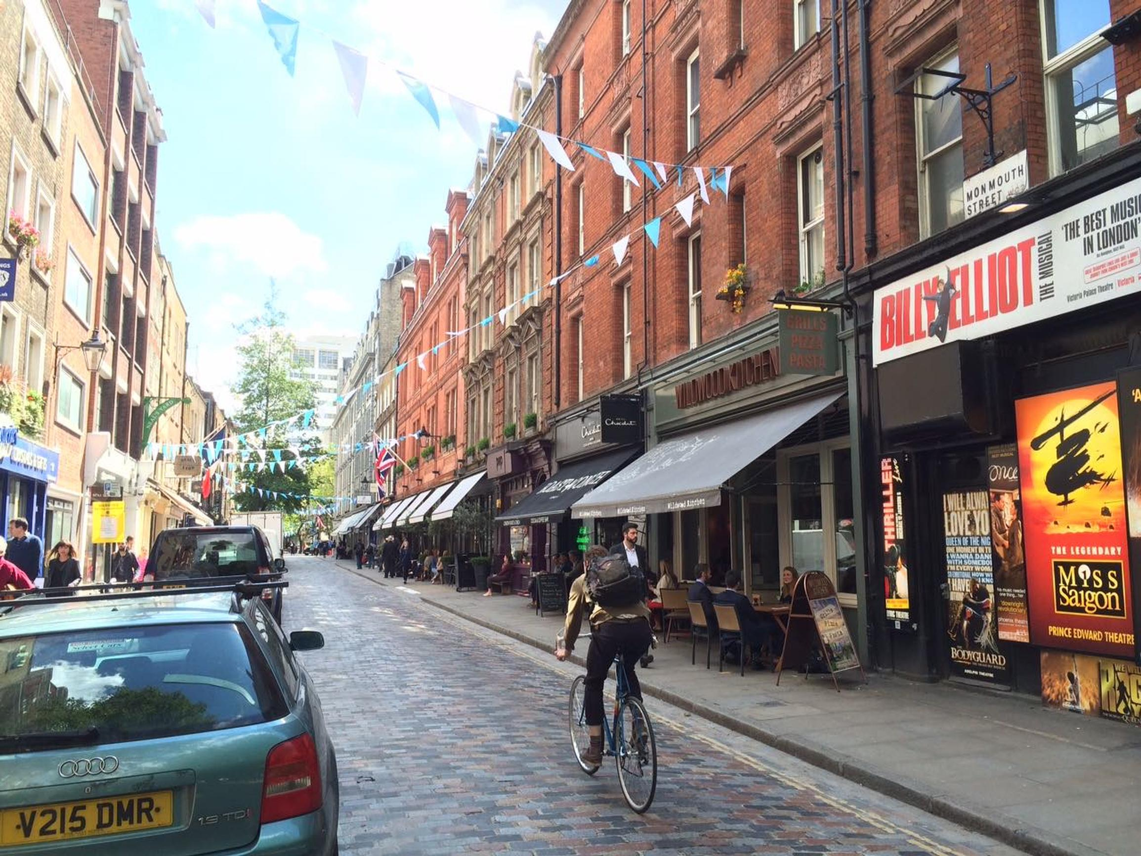 Seven Dials near Covent Garden: a good example of a humane and safe shared space