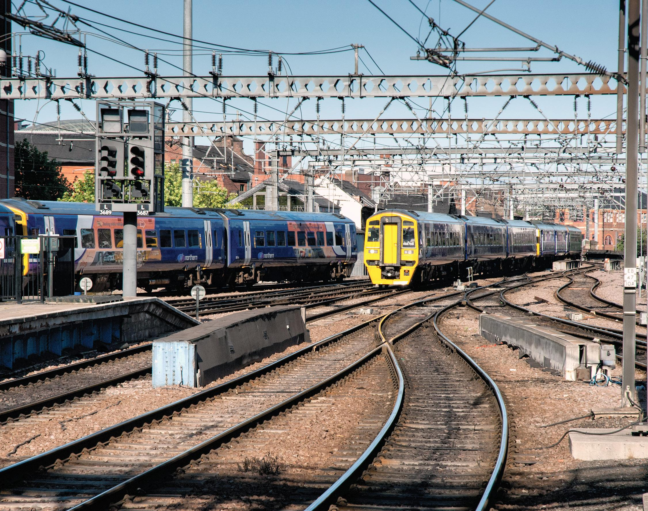 Network Rail rejects Shaw's North of England route plan