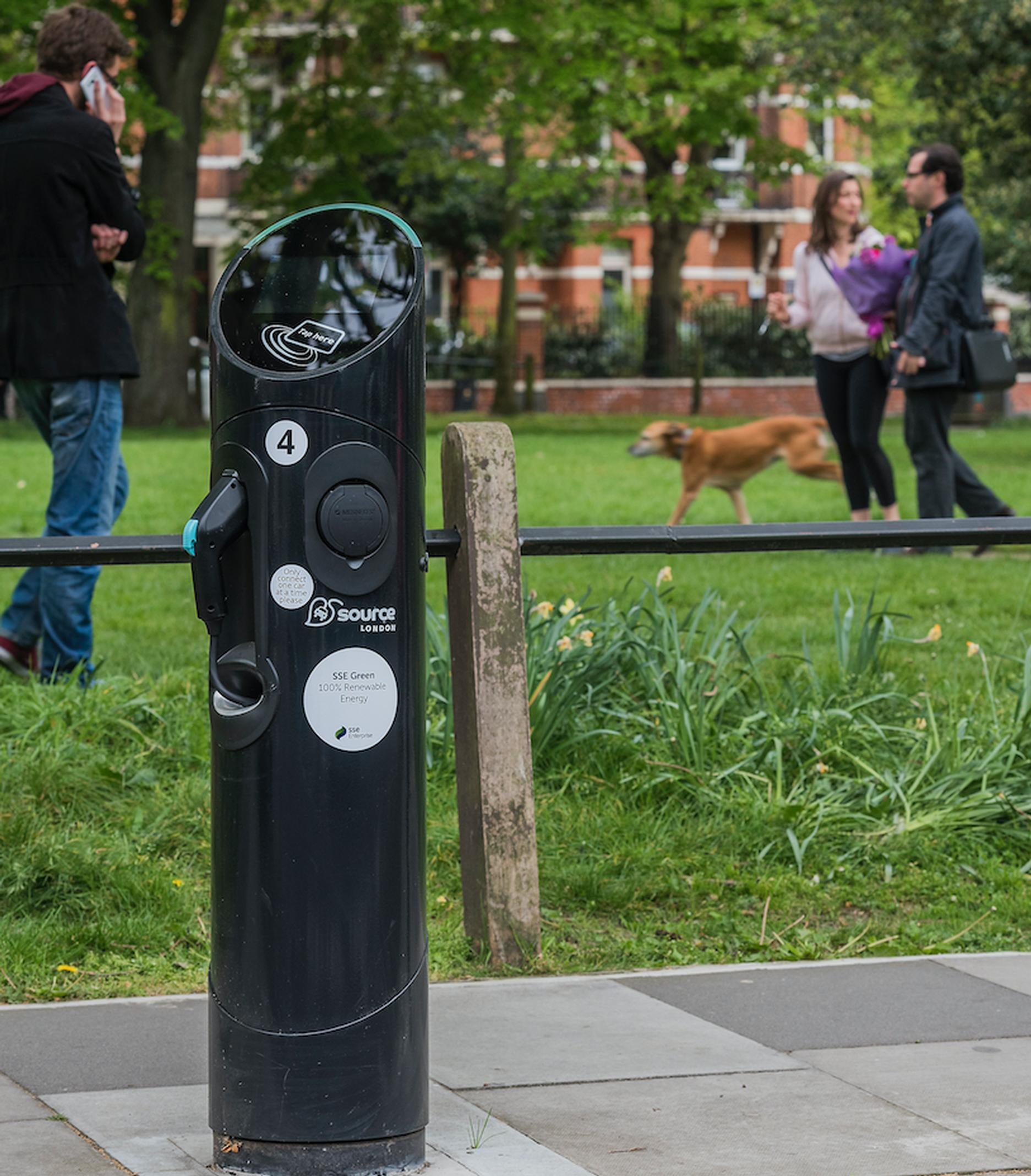 BluepointLondon signs green energy for Source London charge points