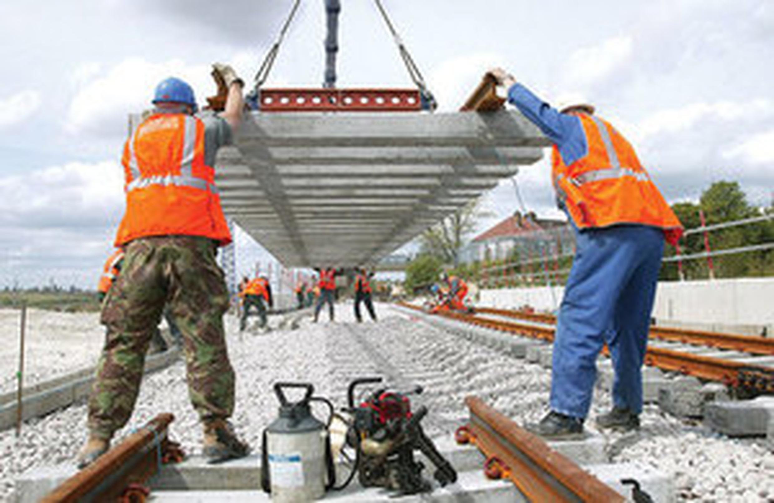 New contracts pave way for track laying to start