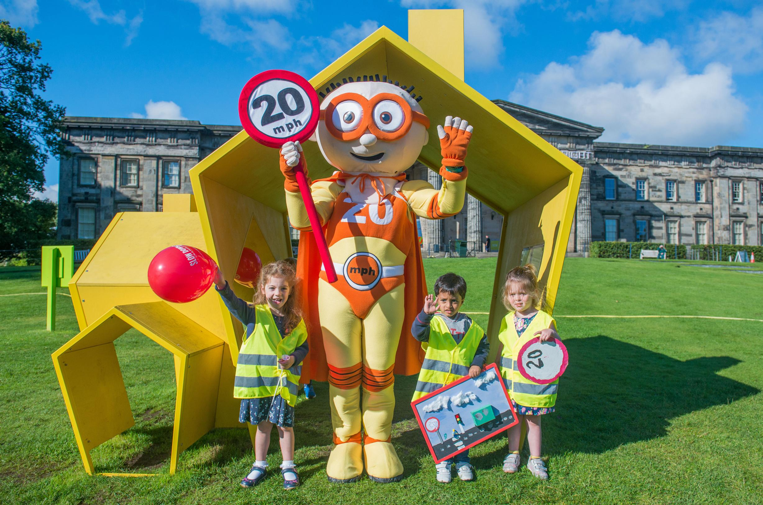 Youngsters from the Murrayfield Nursery showed off their 20mph speed limit themed artwork at the Scottish National Gallery of Modern Art