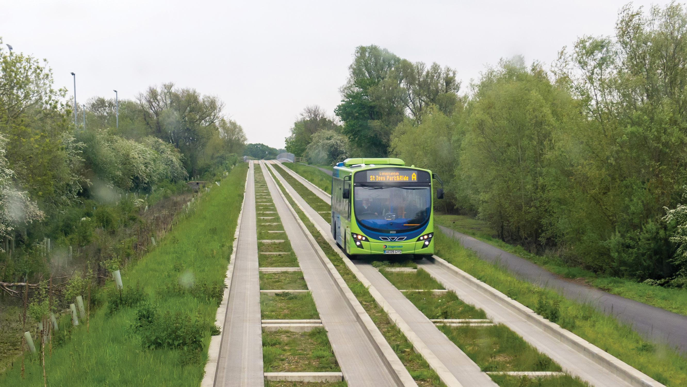 Cambridgeshire prepares legal claim for guided busway repair bill