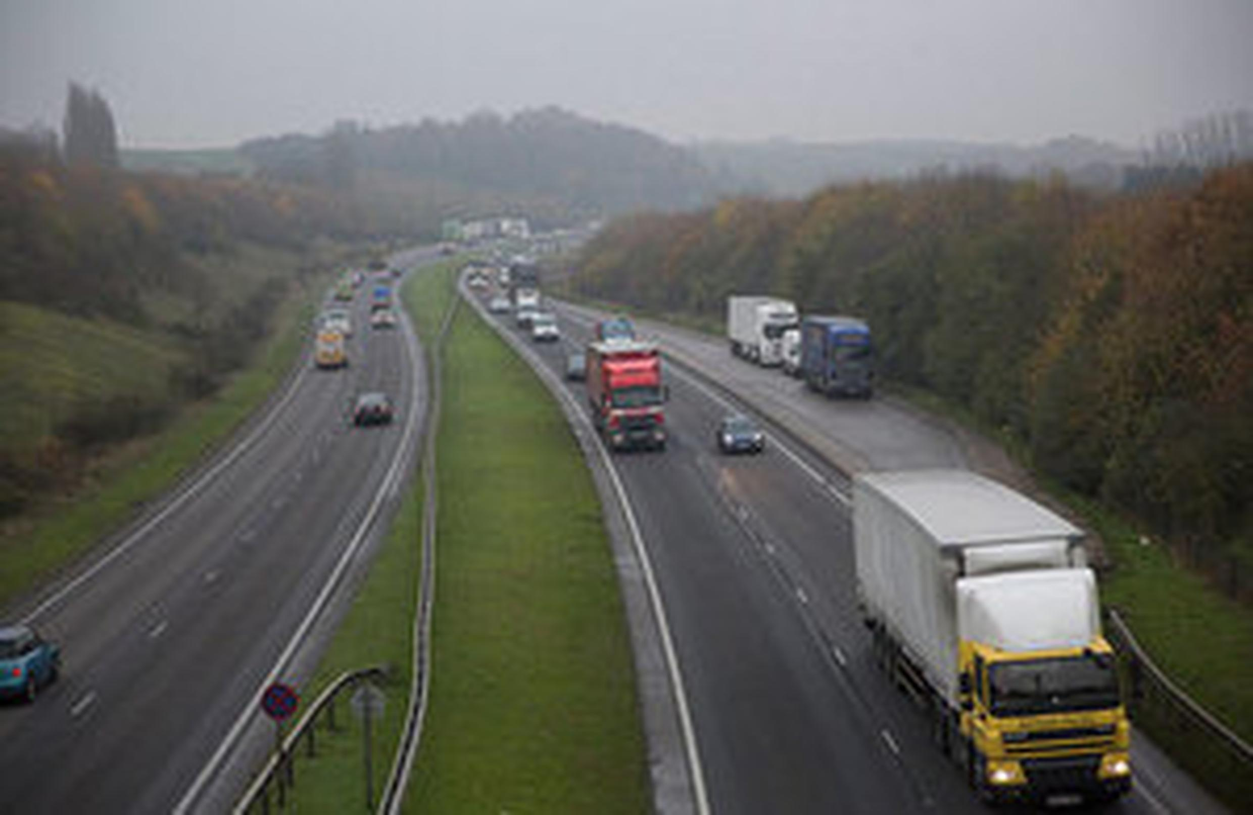 Government drops plan to build £250m lorry park in Kent