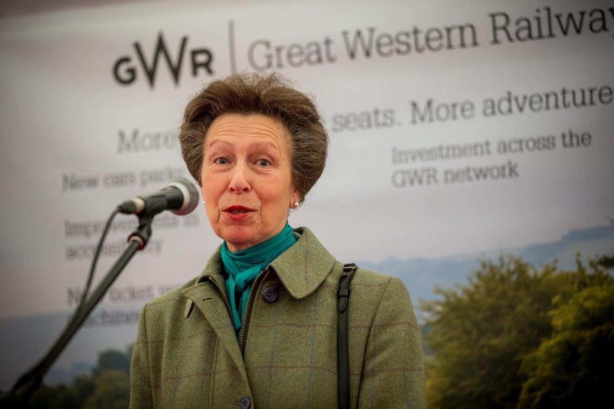 Princess Anne opens Kemble Station's new car park
