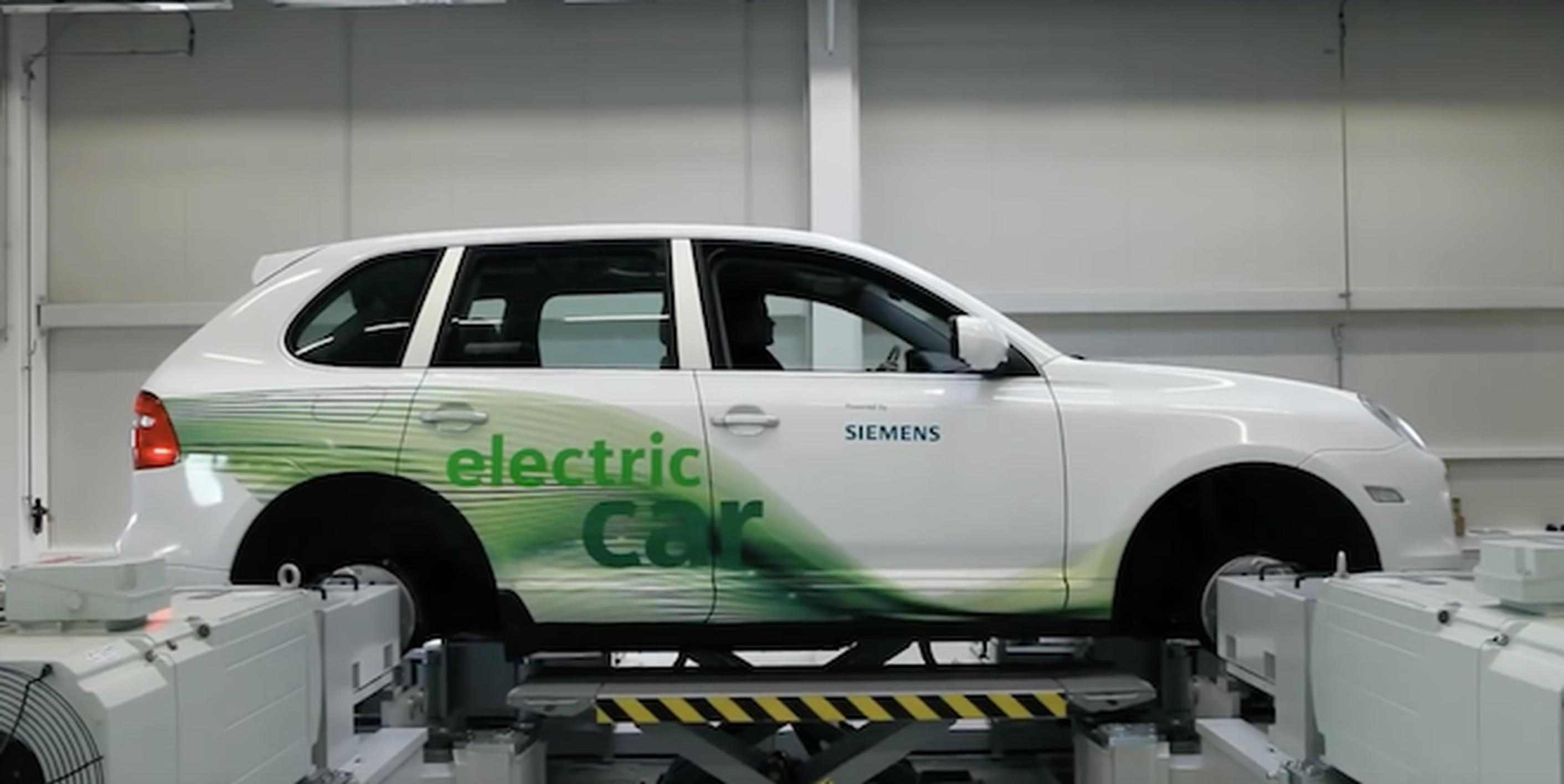 Siemens colloborated with Volvo on developing  the XC90 T8 Twin Engine powertrain
