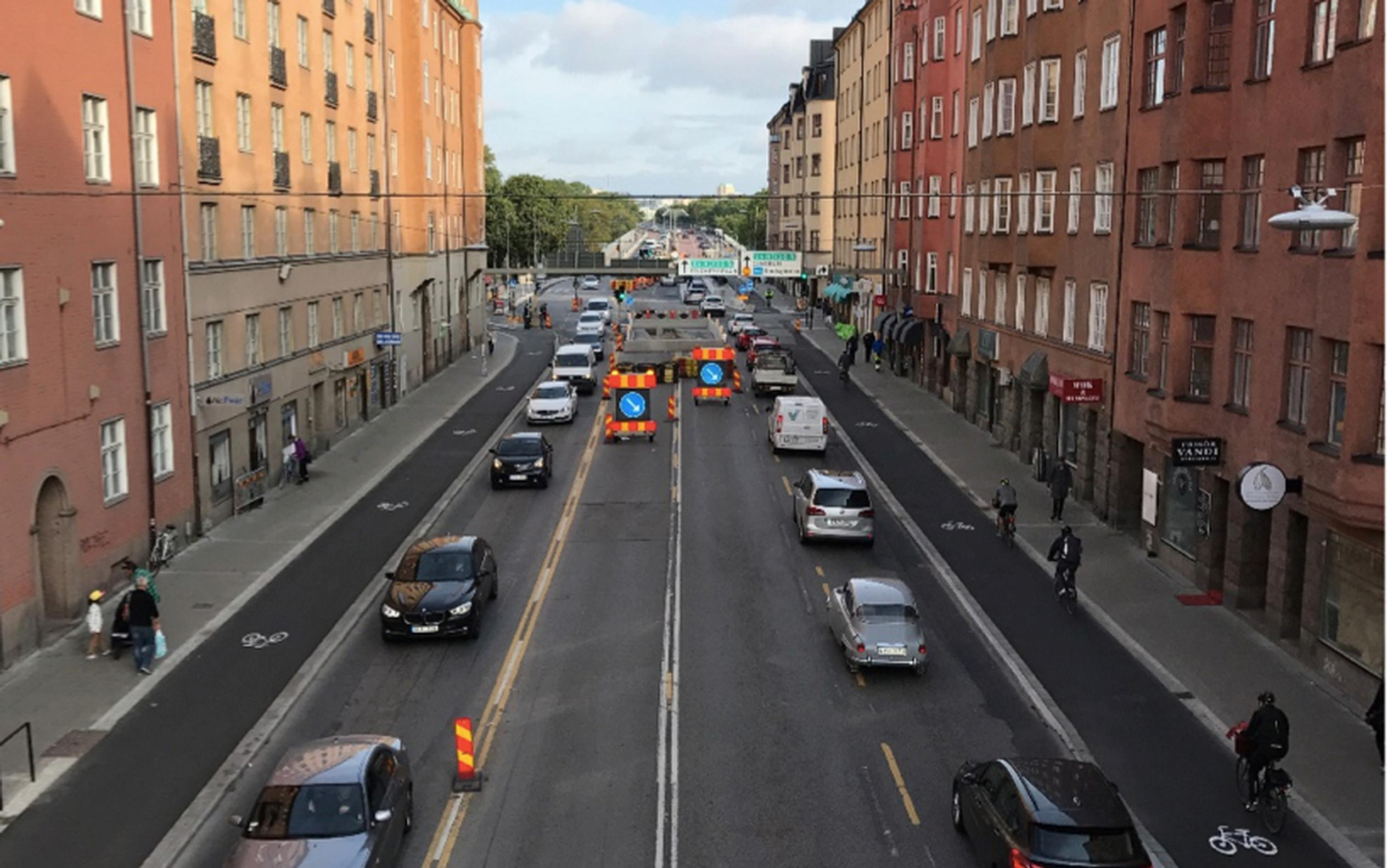 A fall in traffic in Stockholm city centre has led to the reallocation of road space to kerbed bike lanes.