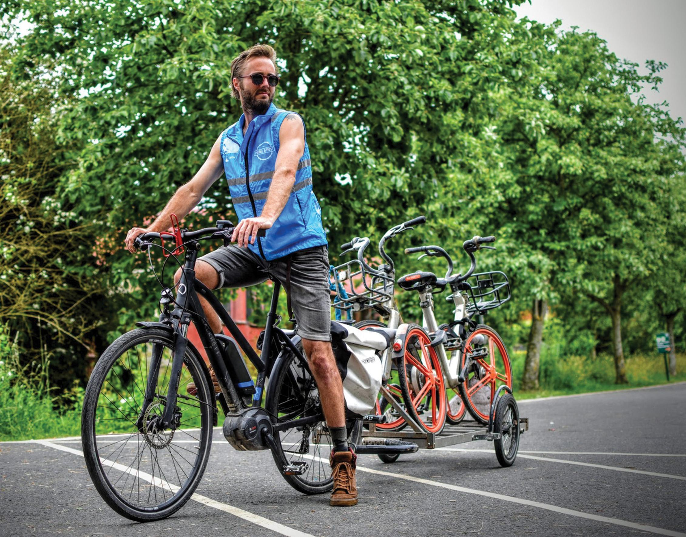 Pedal and Post uses e-bikes to redistribute bikes for two of Oxford's dockless bike hire schemes