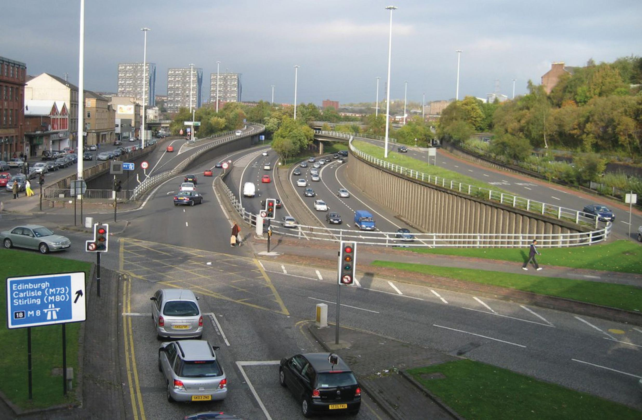 Glasgow: reserving outside lanes for buses would ensure they aren't disrupted by traffic joining/leaving the motorway