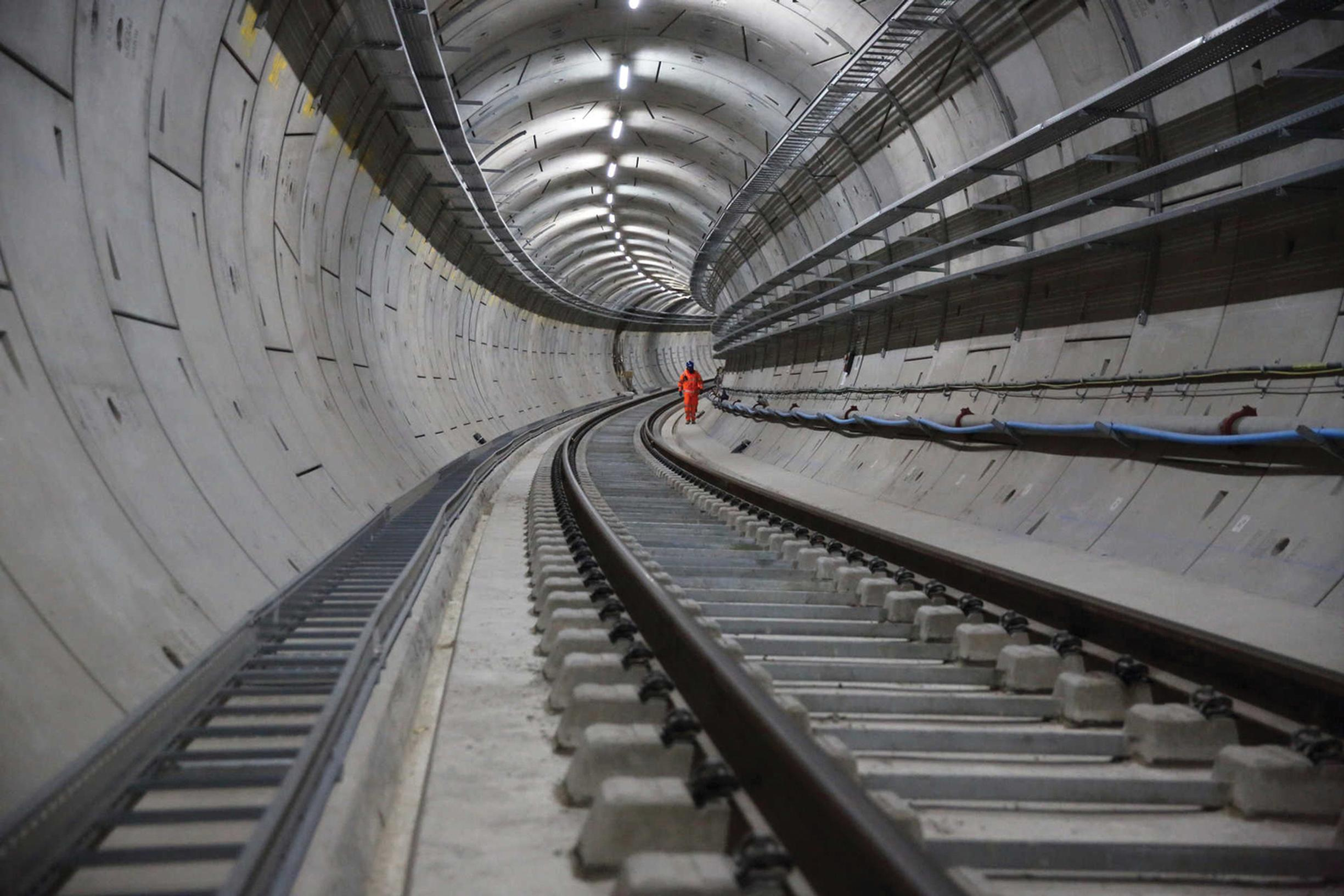 Project leaders should own up to problems, says the DfT, rather than try and hide them, as has happened with Crossrail