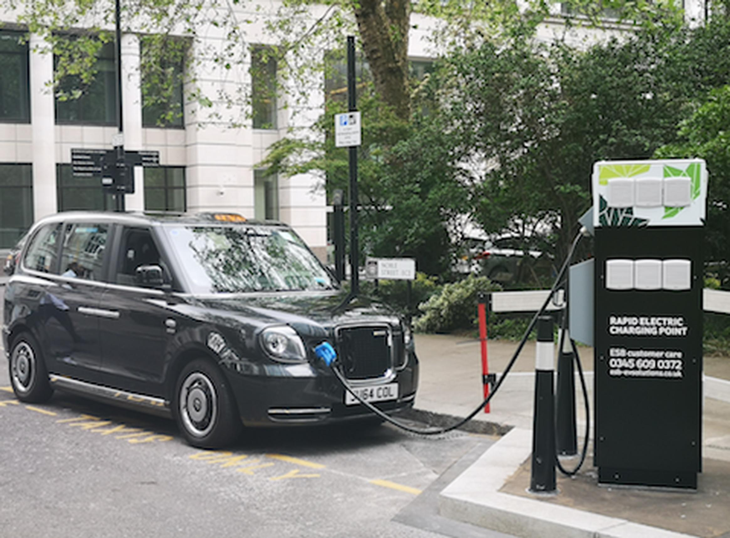 The Noble Street rapid electric taxi charging point