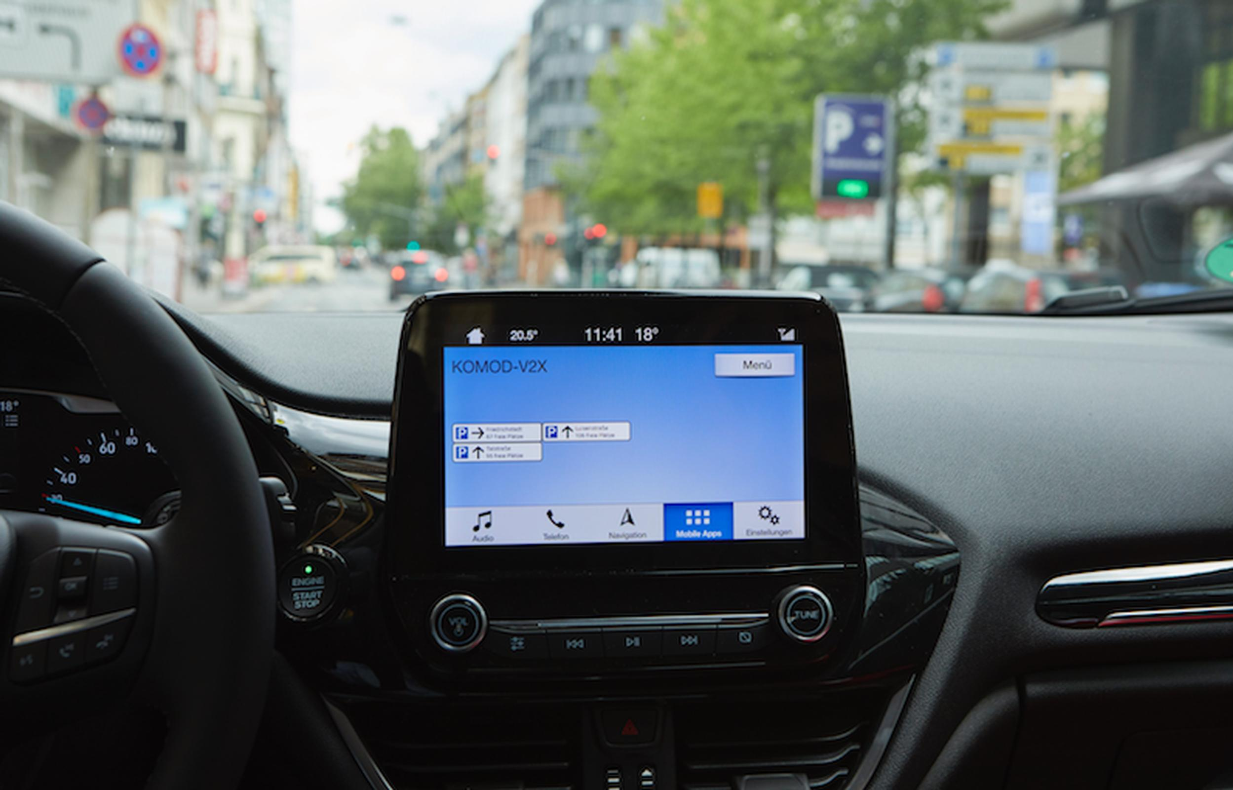 Parking Space Guidance is being trialled by Ford and Vodafone as part of the KoMoD (Kooperative Mobilität im digitalen Testfeld Düsseldorf) programme
