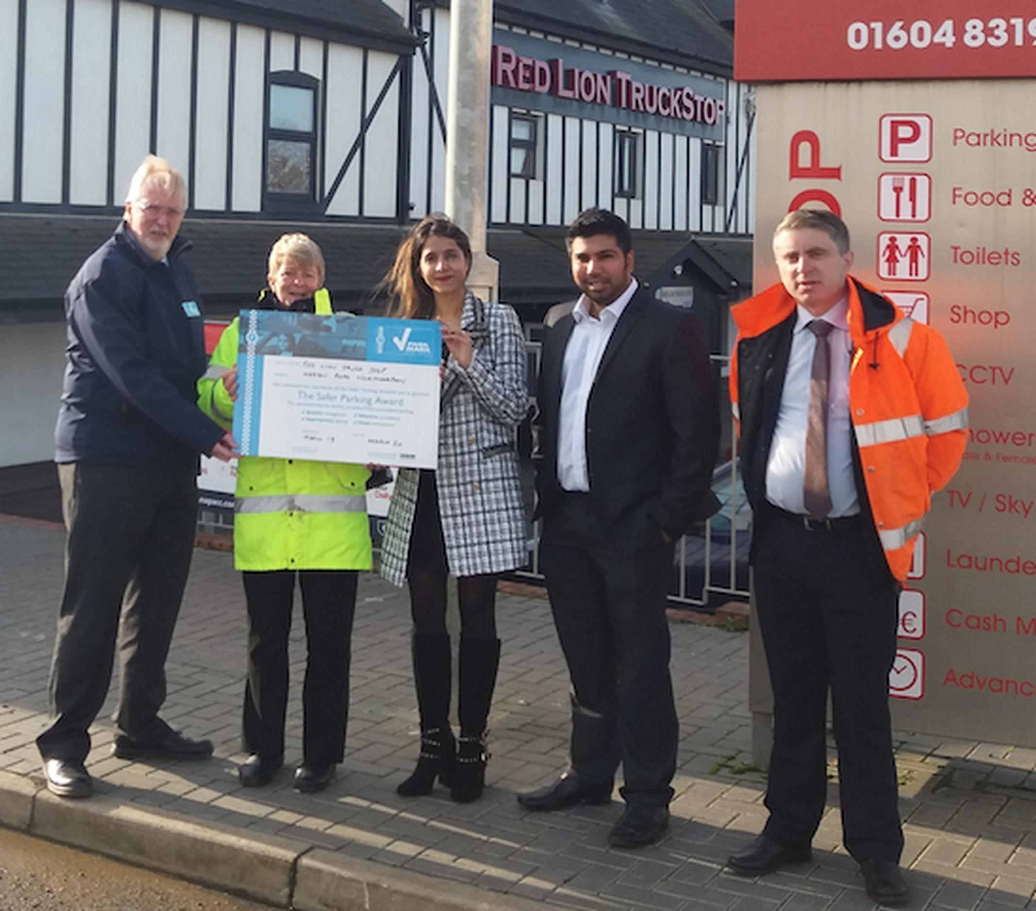 Peter Gravells (BPA), Sharon Henley (Northamptonshire Police), Zarfeen Sadrudin and Ali Sadrudin (Red Lion Truck Stop) and Robert Hunt (ESR Electrical)