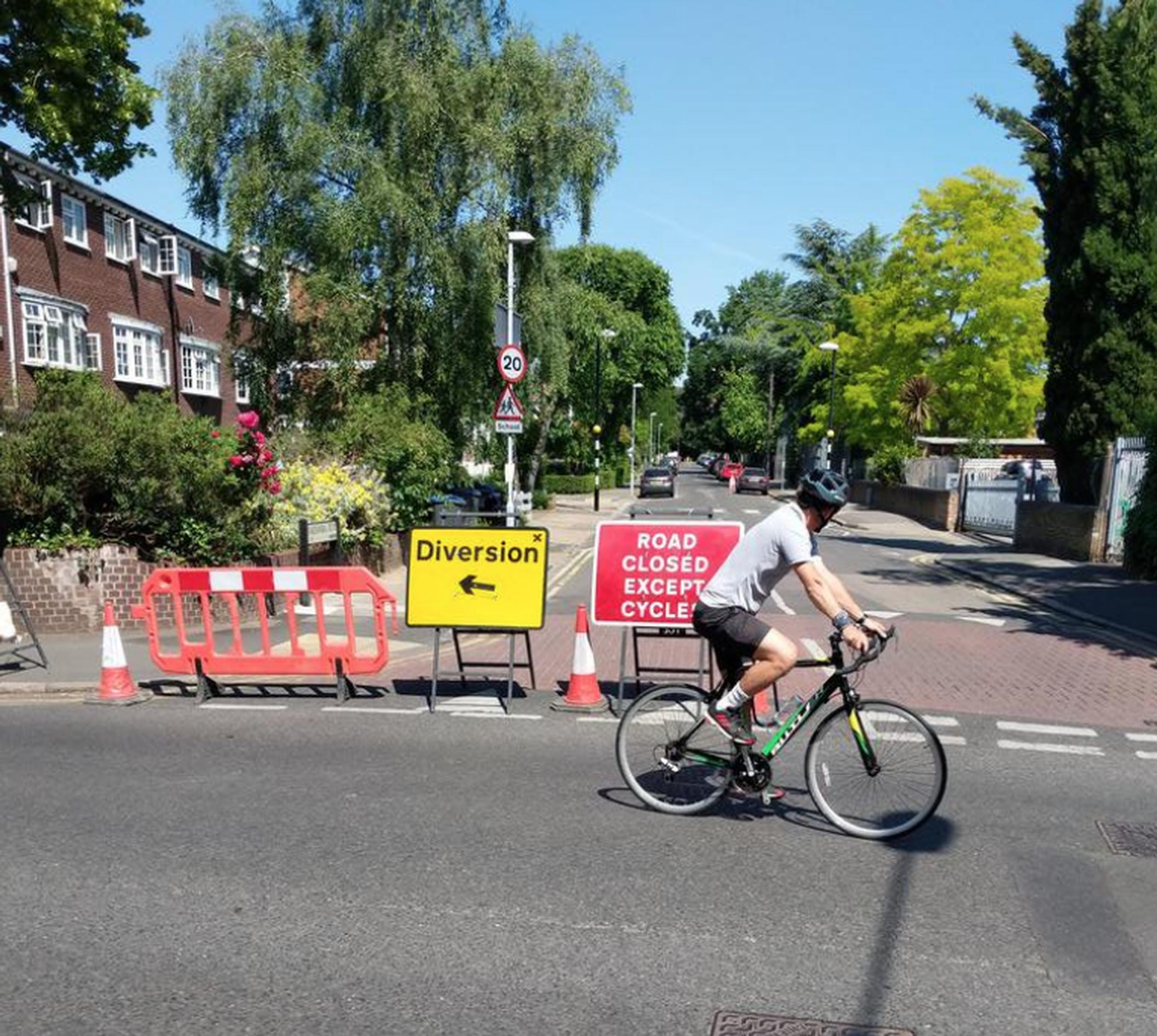 New `School Streets` have been set up in the Royal Borough of Kingston upon Thames (Kingston Cycling Campaign)
