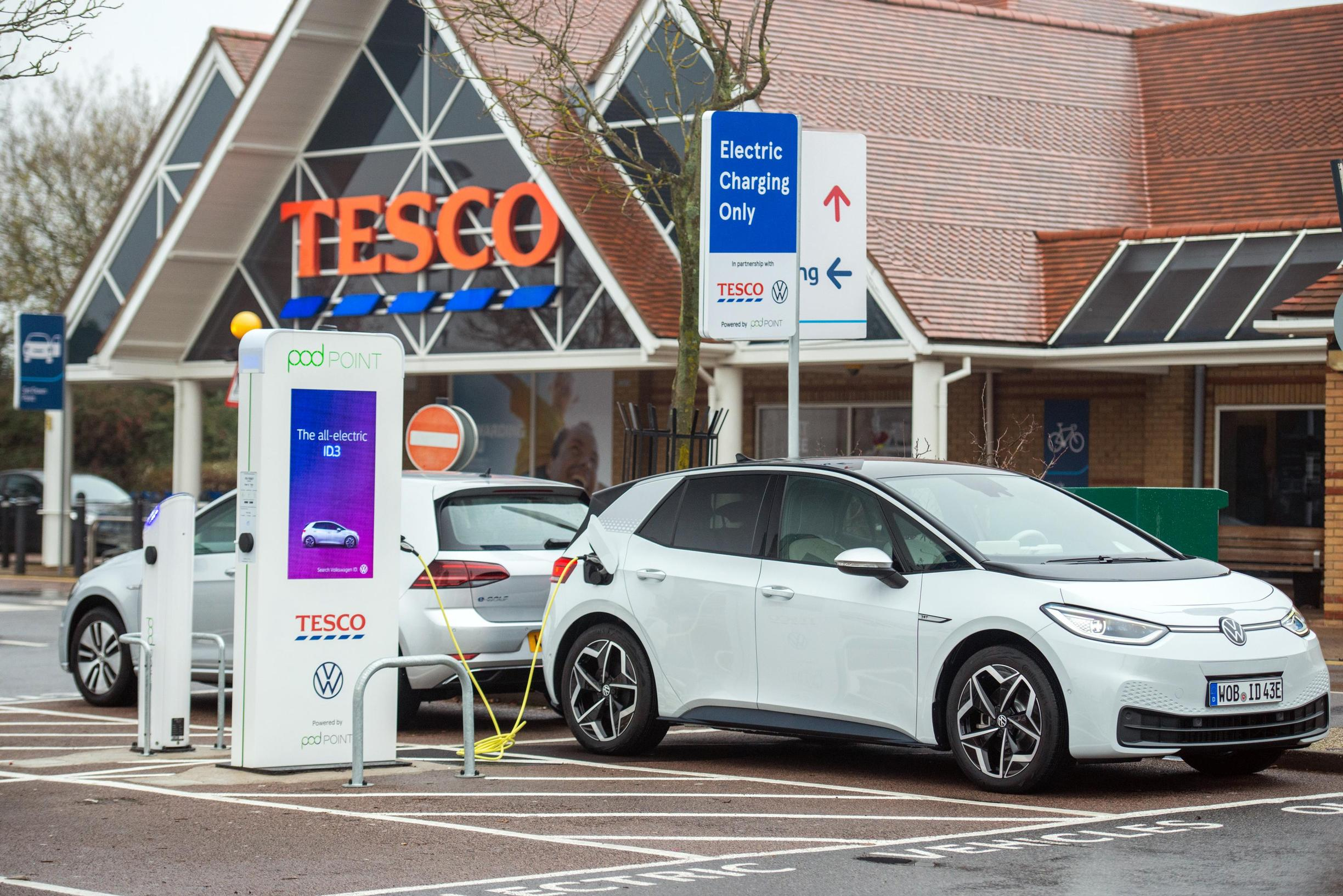 Volkswagen, Tesco and Pod Point install EV chargers at 200 stores