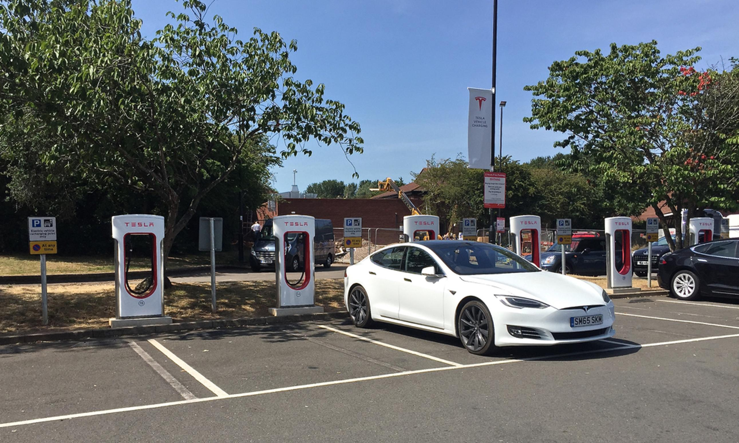 Tesla Superchargers top Auto Express EV infrastructure poll