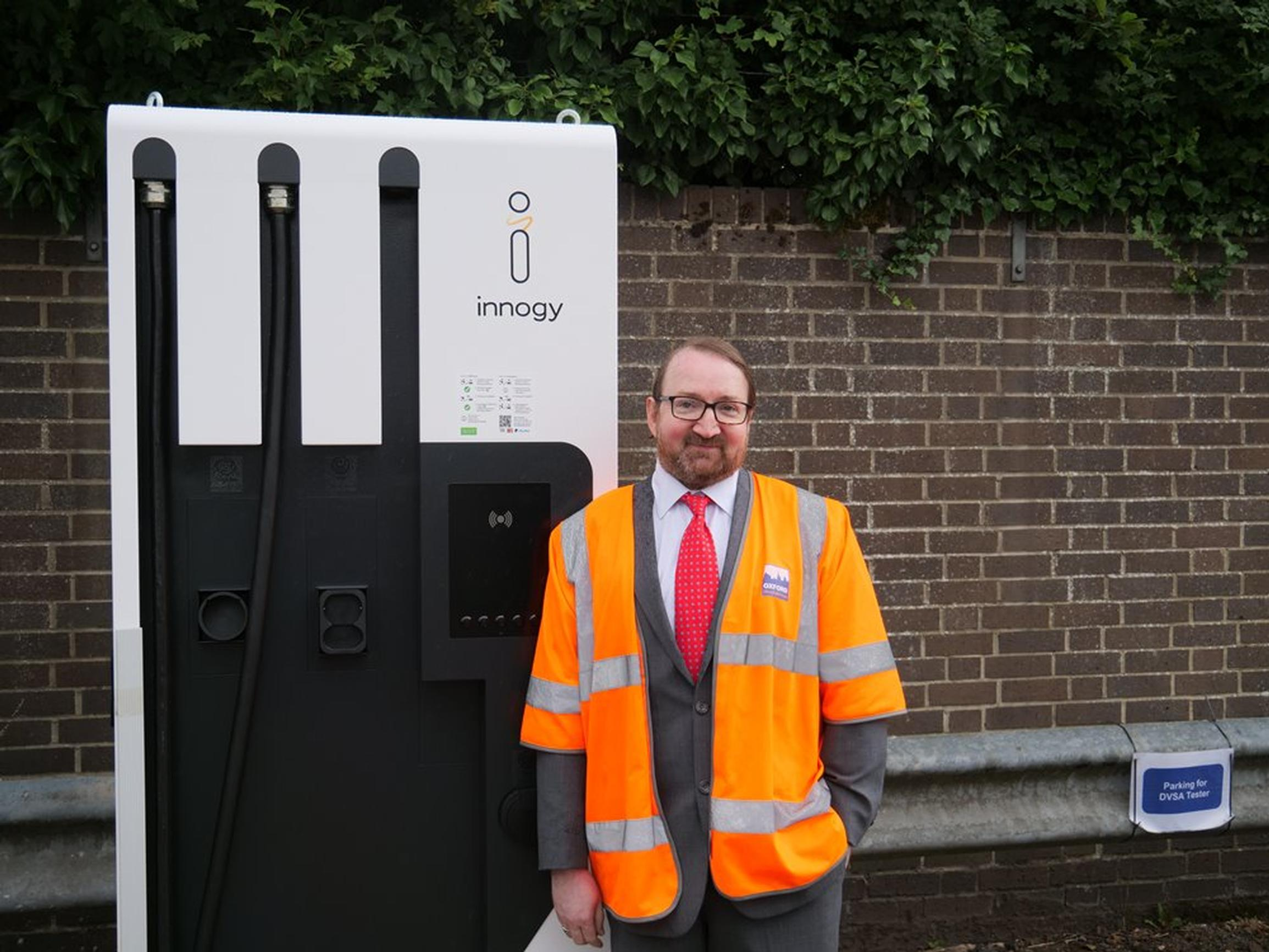 Energy Superhub Oxford project installs first electric vehicle chargers