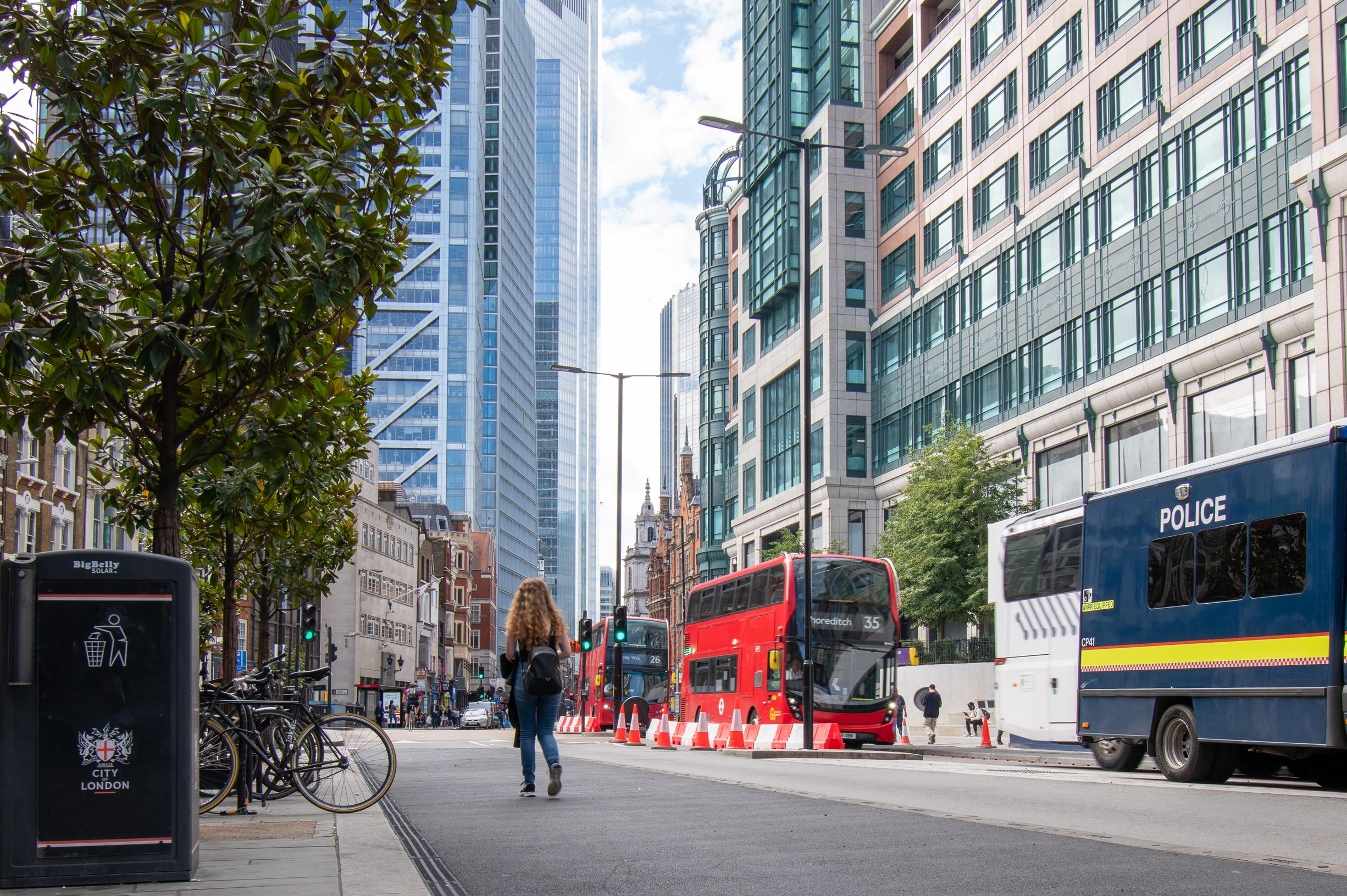 Major City of London corridor turned into a Streetspace